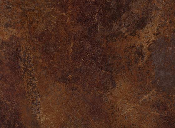 Ceramic rdzawy to jedna z propozycji wzorniczych w kolekcji dekorów wysoko strukturalnych. Idealnie odwzorowuje rysunek naturalnego kamienia. Fot. KAM