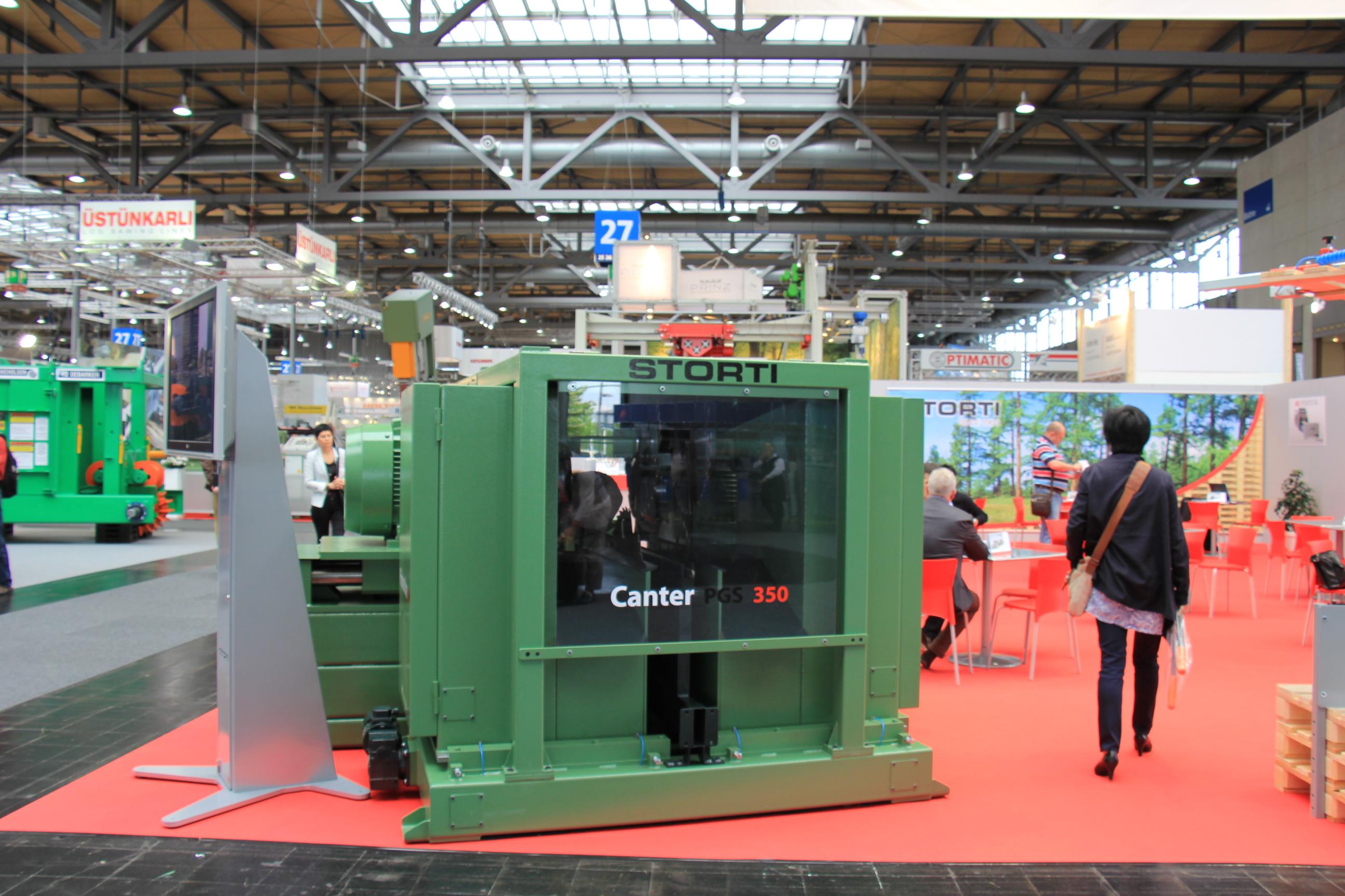 Kanter Storti ceniony jest za kompaktową budowę i wysoką wydajność w przetarciu drewna.  Fot. Forestor