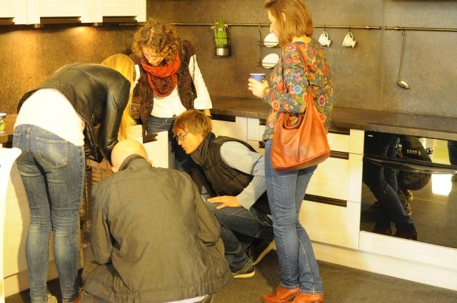 Spotkanie było okazją do dokładnego przyjrzenia się wszystkim nowościom, jakie producent wprowadził w swoich kolekcjach mebli. Fot. Forestor