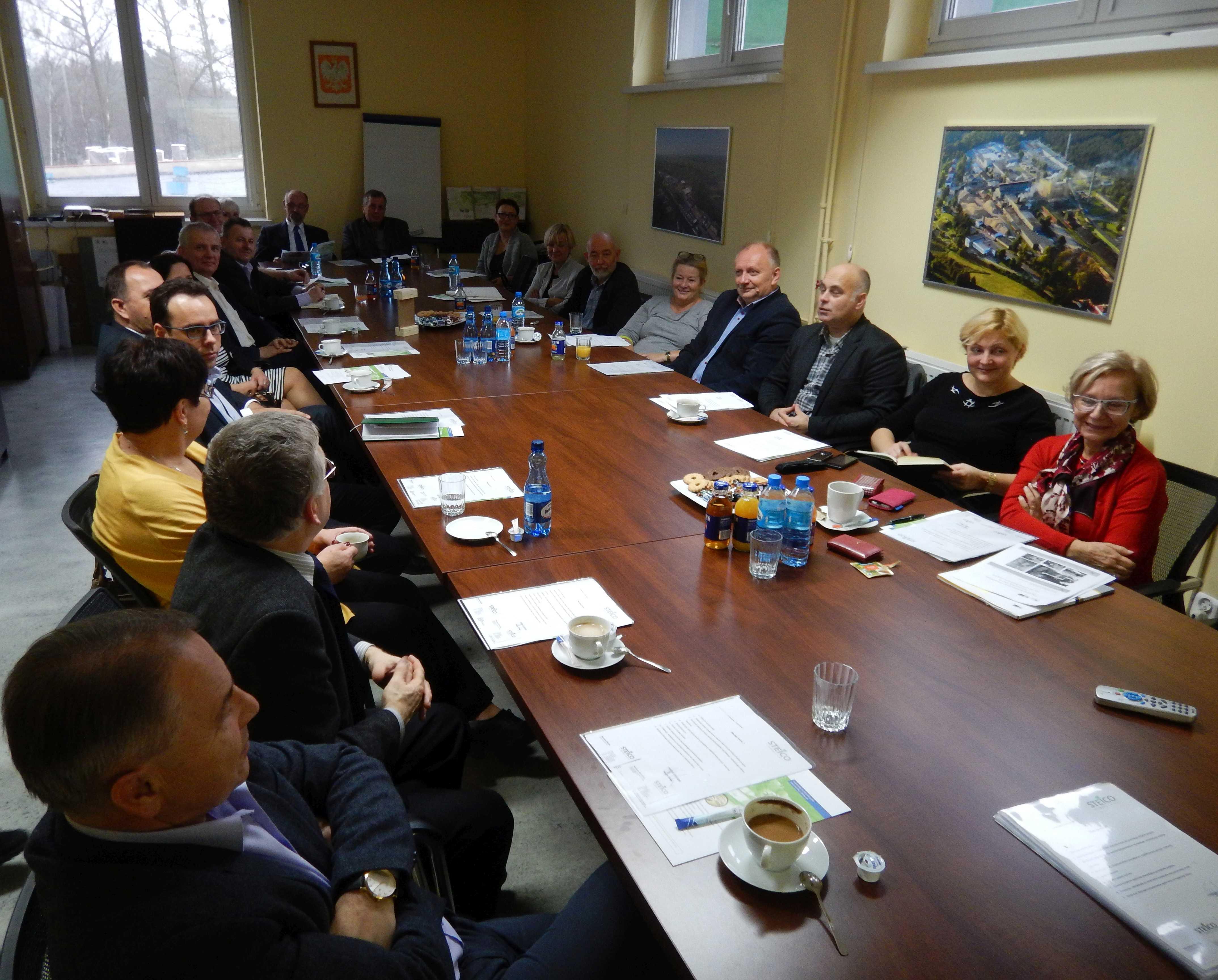 Już w przyszłym roku firma przyuczy do zawodu 15 osób w ramach zawodu stolarza. fot. Steico