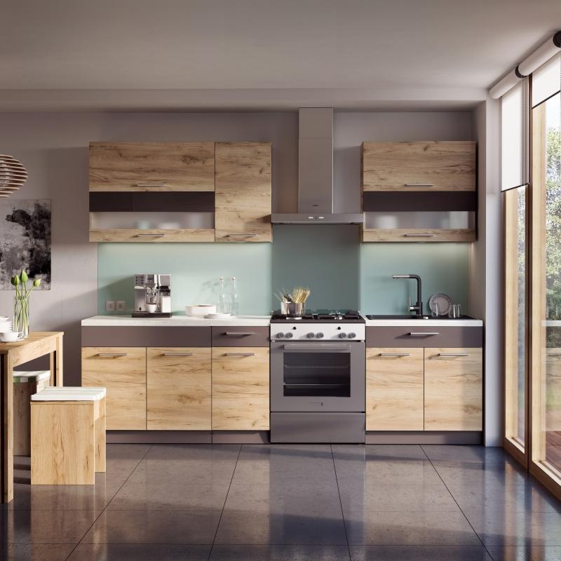 Nawet mała kuchnia może być dumą gospodarzy ? to zasługa optymalnie zaprojektowanej zabudowy i oczywiście dekorów. W nowej ?dębowej?  odsłonie KAMduo prezentuje się doskonale. Fot. KAM