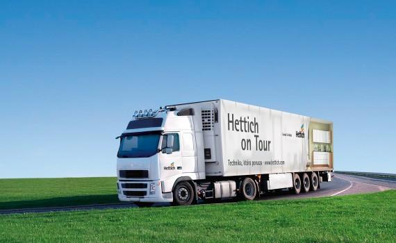 Od 26 kwietnia Mobilny Shworoom Hettich wyruszył w trasę po Polsce. Fot.: Hettic