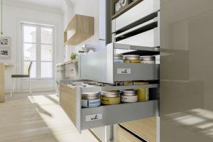 """Efekt """"drewnianej"""" szuflady można uzyskać również w wewnętrznych szufladach kuchennych. Wytrzymałość systemu InnoTech Atira w połączeniu z możliwością indywidualnego doboru materiałów na boki i fronty - otworzyły projektantom zupełnie nowe możliwości. Fot. Hettich"""