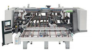 Centrum wiertarskie FTT R8 to najnowszy model włoskiego lidera maszyn do obróbki drewna, firmy Biesse. Fot. TEKNIKA