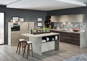 Marmur jest bardzo popularny w aranżacjach kuchennych. W subtelnej szarej tonacji ?uspokoi? wnętrze, a dzięki połączeniu z wyrazistym dekorem drewna, pomimo nowoczesnego charakteru linii KAMmoduł Pro-Line, dodatkowo je ociepli. Fot. KAM