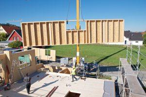 Zaletą technologii STEICO jest szybki czas budowy wynoszący kilkanaście tygodni. Fot. STEICO
